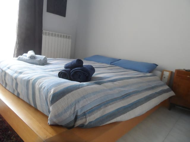 ROOM RENT FOR HOLIDAYS - Pesaro - Casa