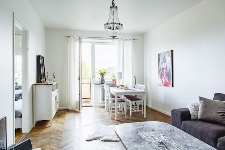 Charming, bright apt in Östermalm - Stockholm - Lakás