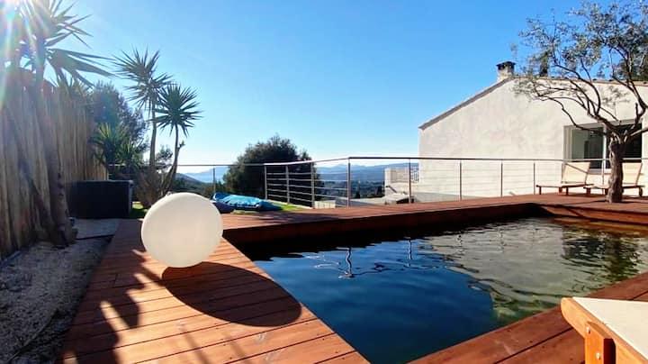 """Villa """"L'Oasis"""". Calme absolu et plages à 10 min"""