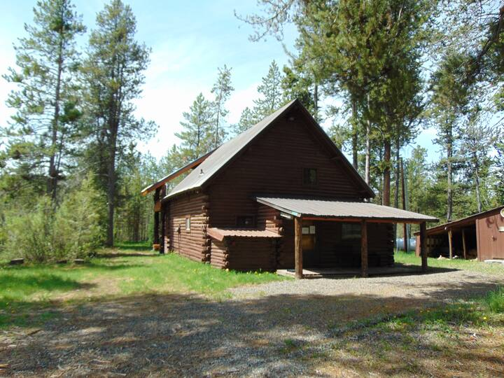 New listing! Blue Springs Pond Cabin!