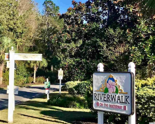 Welcome!  2BR Golf & Beach Condo
