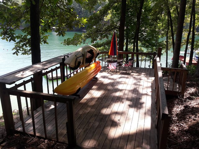 Tee House... waterfront on beautiful Lake Keowee