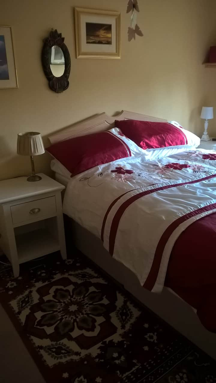 Tulla Road, Ennis - Double room