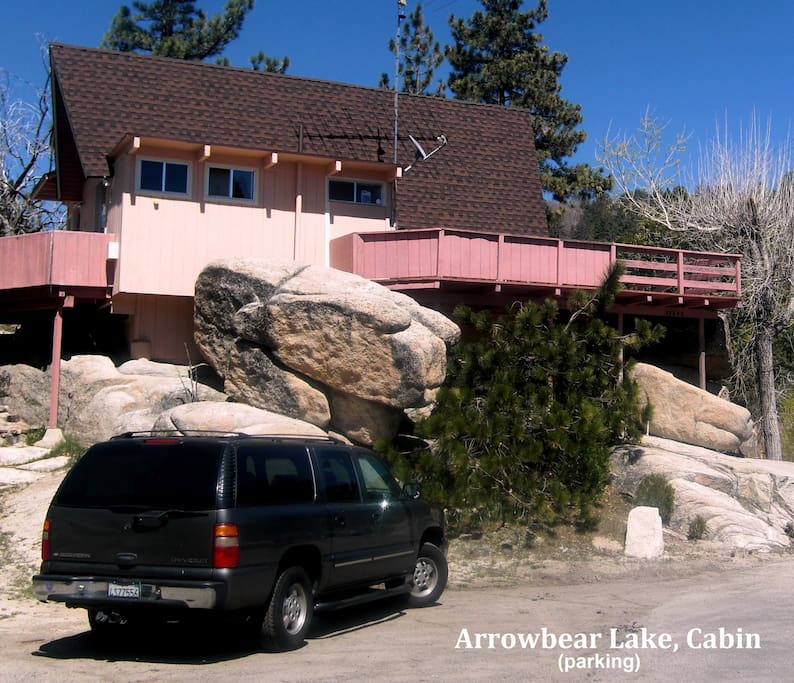 Spacious Parking (fits several Cars, RV, or Boat Trailer. Cabin sits above street level on top of big boulders for privacy).
