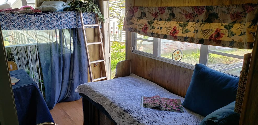 Jersey Cape MiniEscape-Cozy Tiny-Living Experience