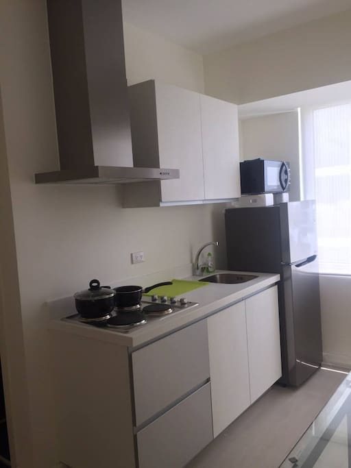 Rent: PHP 4,500 per day 2 bedroom  Fully Furnished Beach view corner unit  38.42 sq. meter