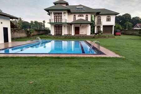 Marco Polo 别墅 /卧室 D - Negombo