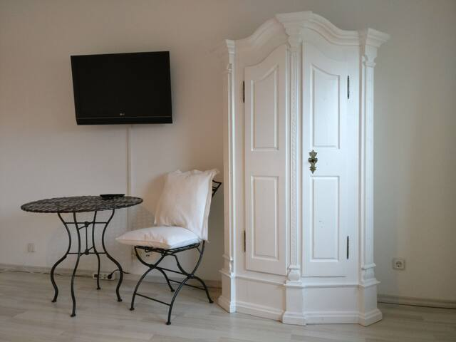 Luxeriöse Wohnung 70qm mit perfekter Anbindung!!! - Oberhausen - Appartement