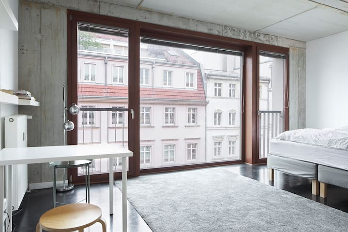 Modernes Apartment in top Lage Berlin Mitte