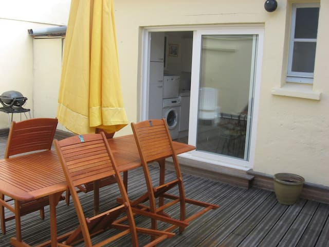 Appartement LES BASSINS, terrasse. - Port-en-Bessin-Huppain - Daire