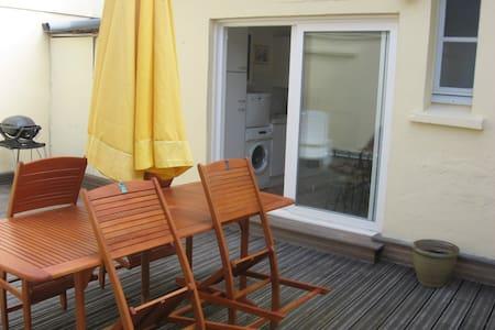 Appartement LES BASSINS, terrasse. - Port-en-Bessin-Huppain