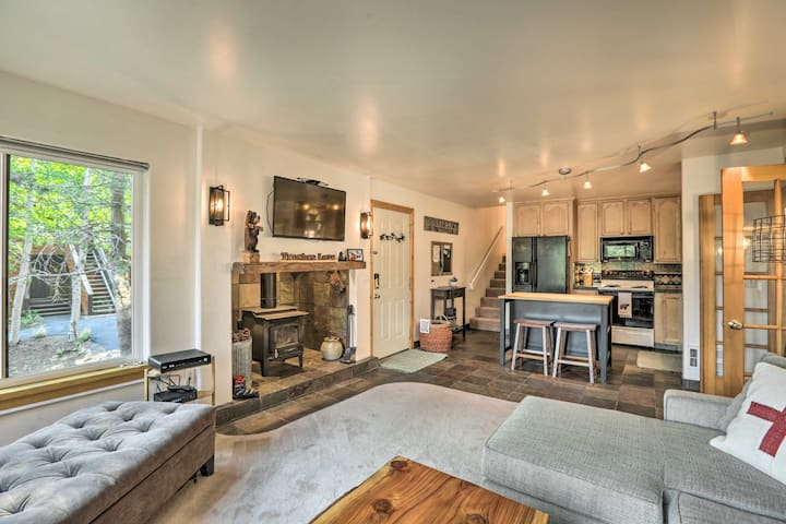 NEW! Ski-In/Ski-Out Modern Condo at Tahoe Donner!