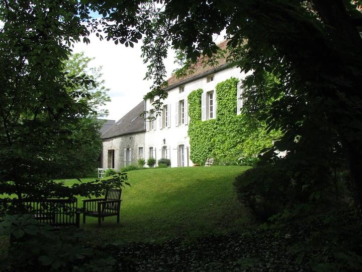 """""""Le Meix Gautheret"""" - Suite Chambre Jaune"""