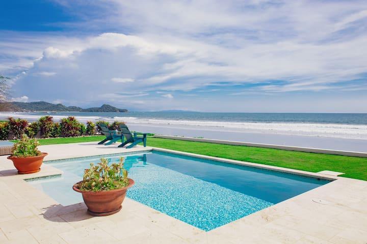 Casa Azul: premium surf front villa (sleeps 8)