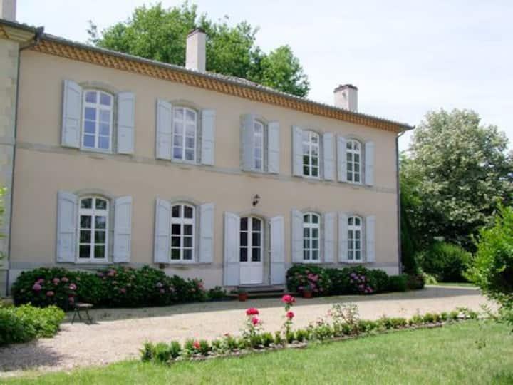 Chambre Louise dans  maison d'hôtes près d'Albi