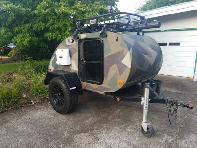 """Tow N Go"" CAMPER - Everything you need plus more!"