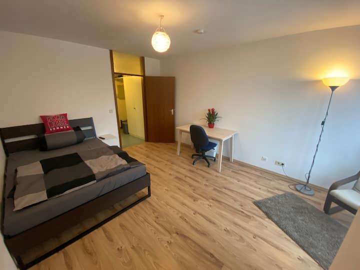 Ganze Wohnung an der Universität| 2Person|Relax