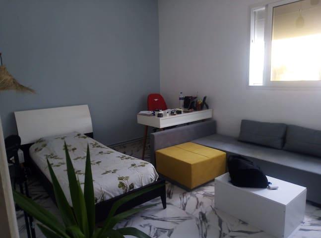 deux lits dans une villa a ezzahra sait germain