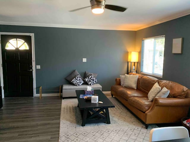 NEWLY RENOVATED 2 bedroom condo with parking