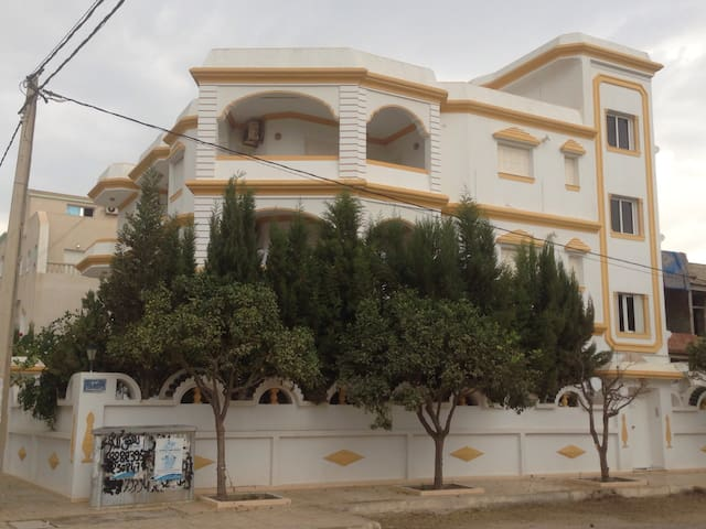 Beau studio à 150m de la plage - Dar Chaabane Al Fehri - Wohnung