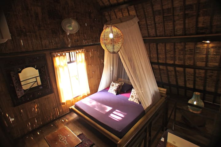 Mama J's Saffron Cottage - Gili Trawangan - Bed & Breakfast