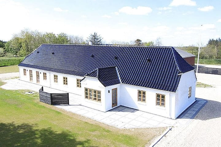 Beautiful farm house close to Vesterhavet - Ulfborg - Rumah