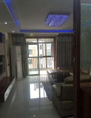 浮东小区精装修海景公寓 - Qingdao