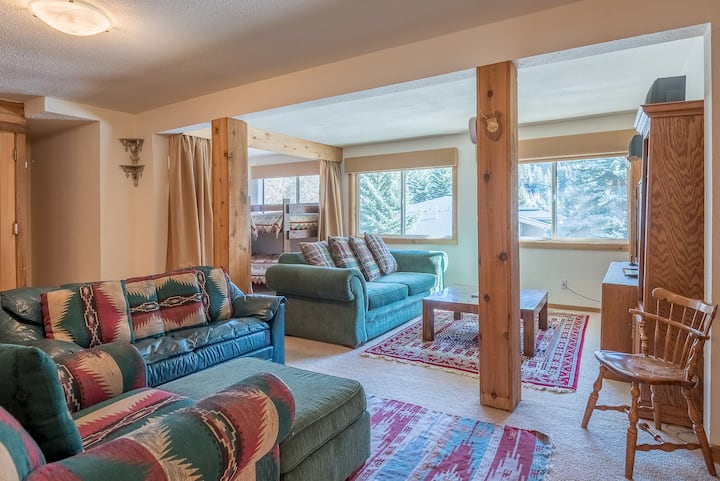 Free Shuttle for Quick Access to Skiing, Sauna for Apres Ski & Bunks for the Kids   | 2 Bedroom, 2 Bathroom