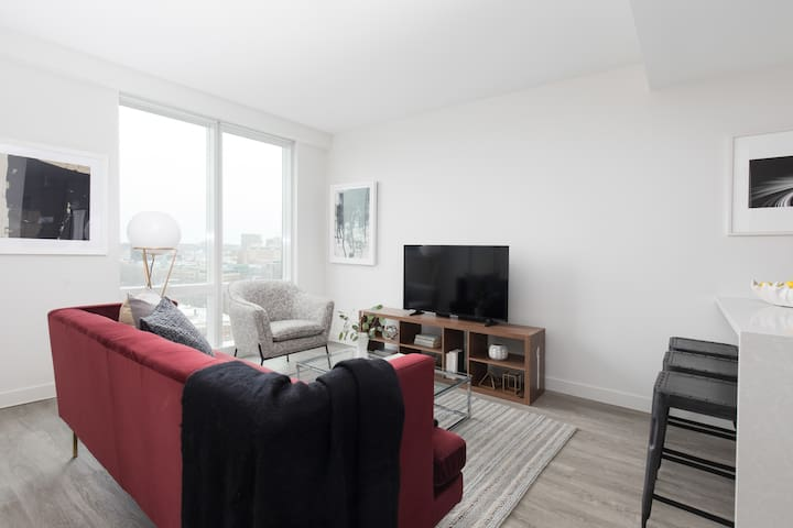Sonder | Pierce Boston | Upscale 1BR + Gym
