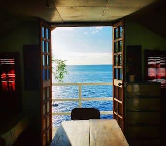 Family Oceanview Room -La Bella- near Oslob Whale