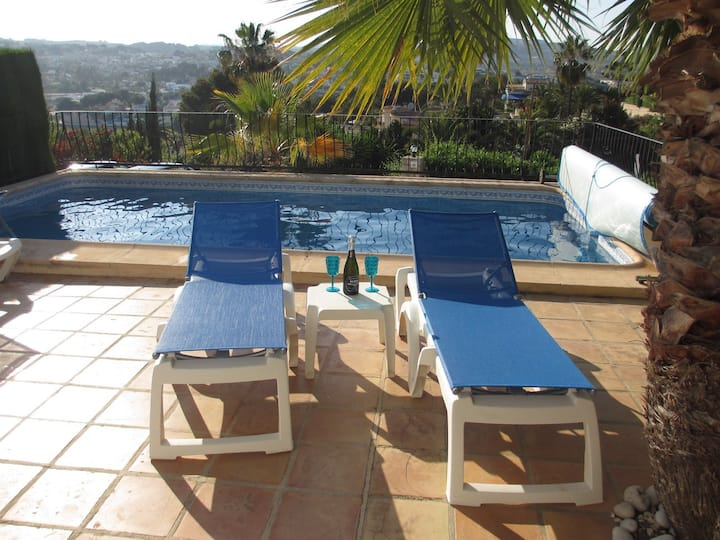 Moraira villa with private pool and amazing views