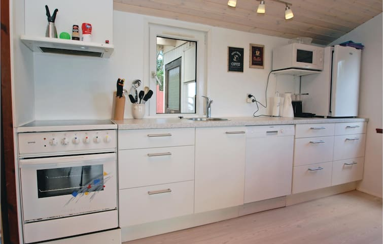 Holiday cottage with 3 bedrooms on 90m² in Hejls