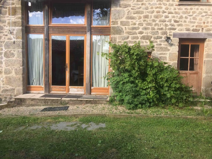 A3 2 Bed Lake appartement  cost low short stay