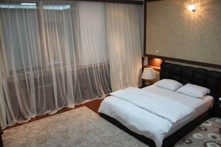 "2-rooms in ""Nurly Tau"" center Al Farabi-Furmanova"