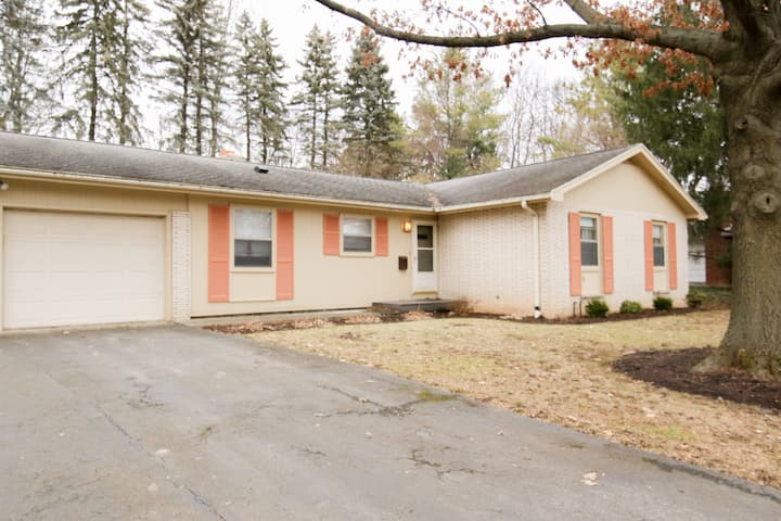 Comfortable Ranch Living in Pittsford Village