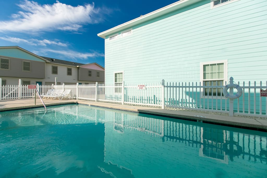 Our complex and an amazing, serene community pool available!