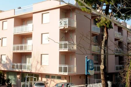 CLUB HOTEL  HOTEL PER FAMIGLIE - Gabicce Mare - Bed & Breakfast