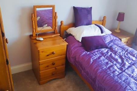 Bright sunny cosy room Watchet