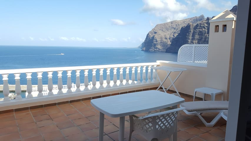 4p flat with Spectacular Seaview and swimming pool