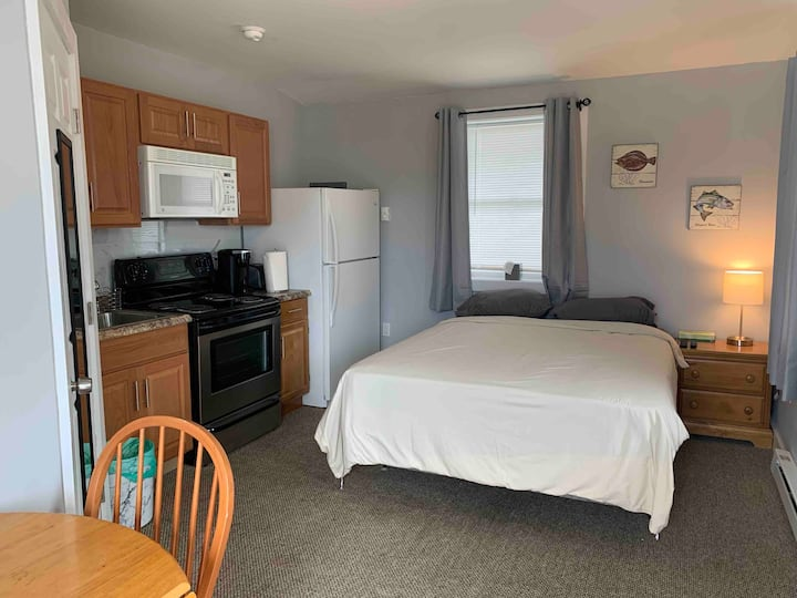 Convenient Studio in the Heart of Groton