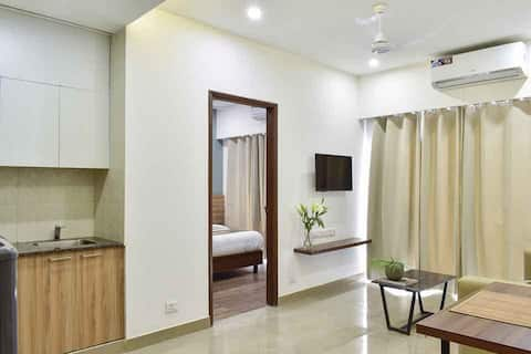 1BHK with Balcony Serviced Apartment at Cyber Park