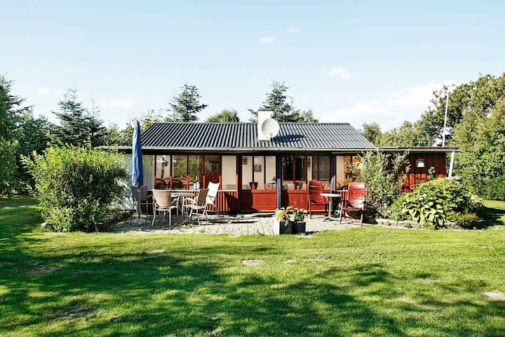Attractive Holiday Home in Vinderup Jutland with Lawn