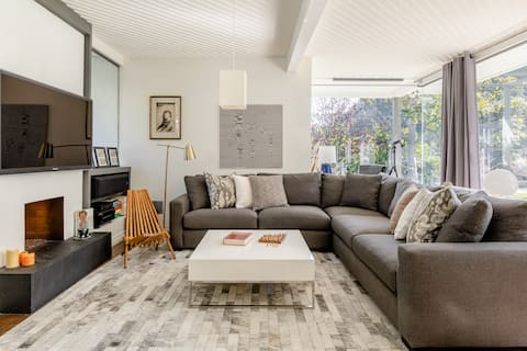 Bright and Private in Belair