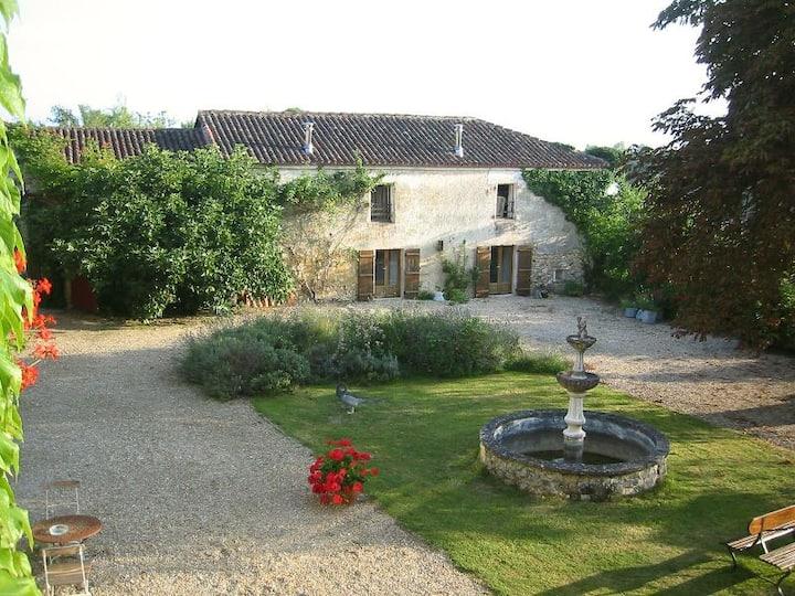 Spacious cottage Chez Mimi in Périgord, Dordogne
