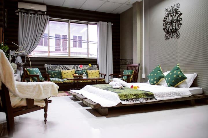NHÀ SAIGON | Rustic Style & Spacious Room L3