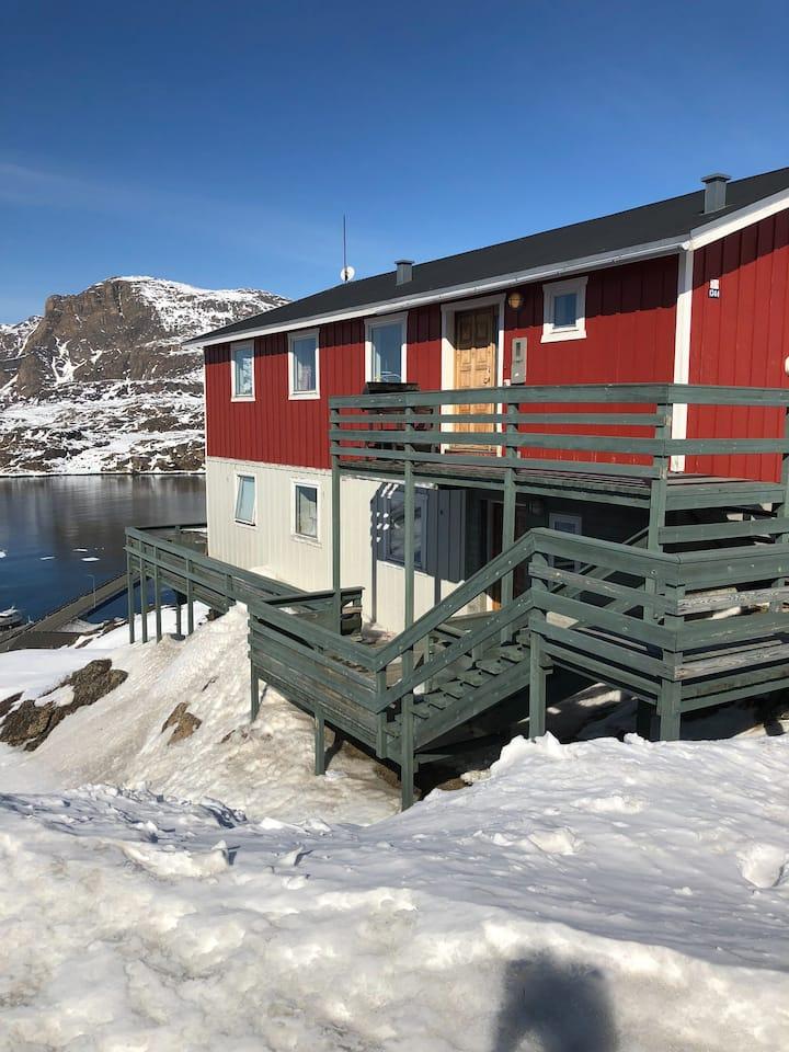 ISI4U Bungalow hostel in sisimiut