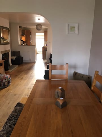 Beautiful Home Nr TOWN & STATION - Hitchin - Ev