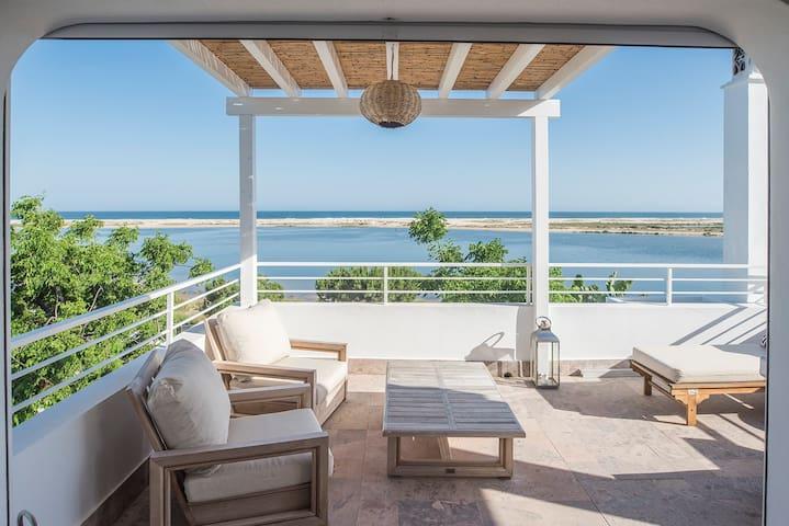 Casa Castor @ Fábrica @ Tavira,  Roof terrace.