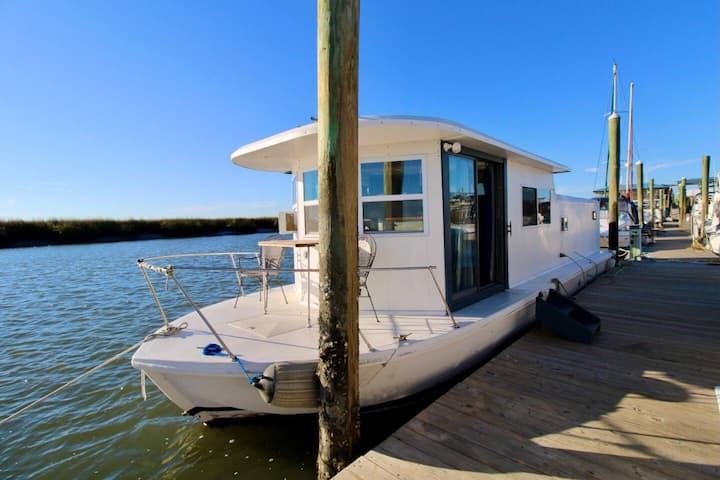 Rum~Chaser Houseboat, Tybee Island Marina, Georgia