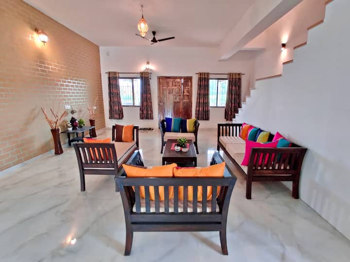 Beautiful Rustic 3BHK Villa with Pool- EKO STAY